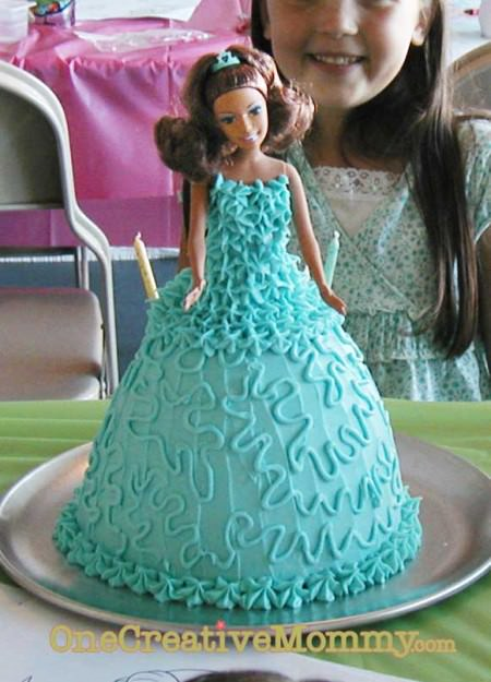 Princess Cake Tutorial from OneCreativeMommy.com