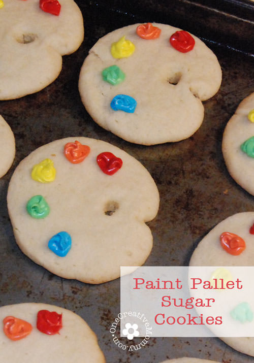 Paint Pallet Sugar Cookies {Perfect for an Art Party} OneCreativeMommy.com
