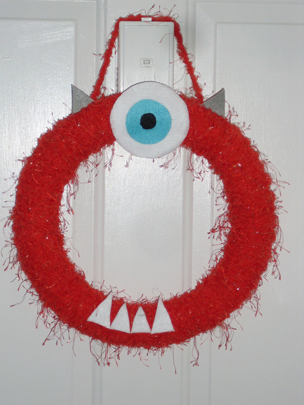 10 Monstrously Fun Projects Perfect for Halloween! {OneCreativeMommy.com} See the original on She's Freaking Crafty