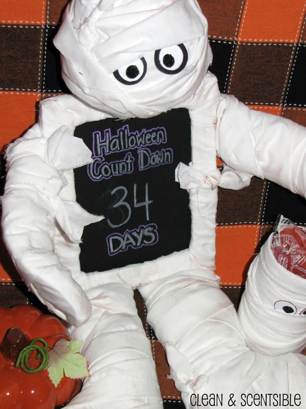 Halloween Mummy Crafts on OneCreativeMommy.com {Find the full project on Clean and Scentsible}
