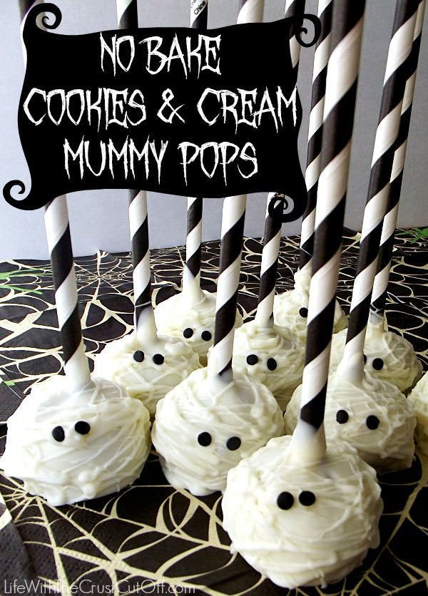 Halloween Mummy Crafts on OneCreativeMommy.com {Find the full project on Life With the Crust Off}