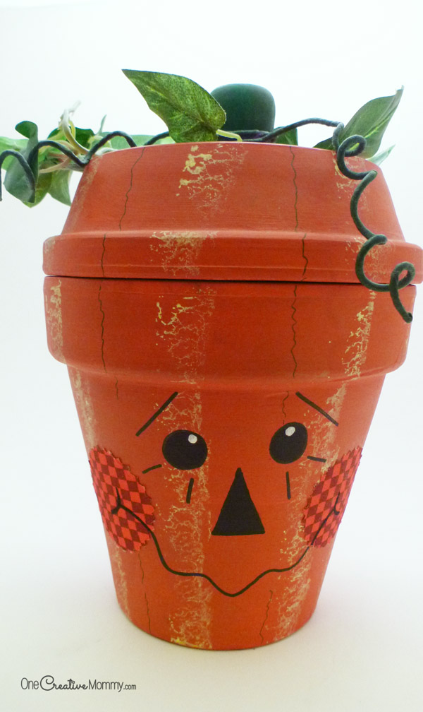 Terra Cotta Pumpkins {OneCreativeMommy.com}