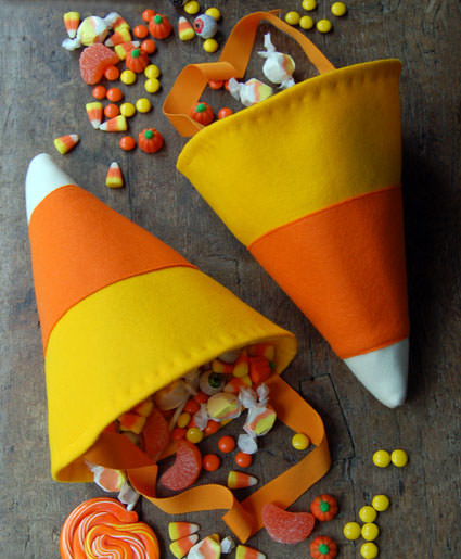 25 Candy Corn Projects to Brighten Your Day--Candy Corn Treat Bag