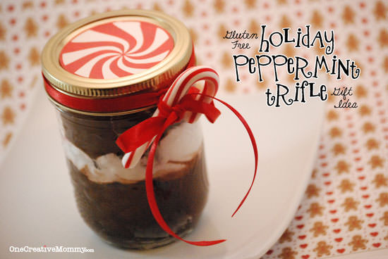 Individual Peppermint Chocolate Trifle Cups {Free Printable for Gift Idea}