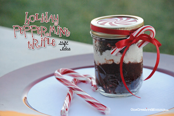 Holiday Peppermint Trifle Recipe with Free Printable Jar Lid from OneCreativeMommy.com--chocolate and peppermint--Does it get any better?