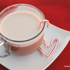 Frothy Peppermint Hot Chocolate from OneCeativeMommy.com--mix it in Blendtec for a fun and frothy treat! #peppermint#hot#chocolate