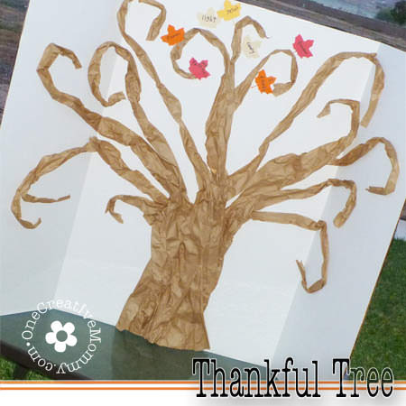 Our Thankful Tree--A new family tradition {This easy tree is made from free packing material!} #thankfultree #thanksgiving