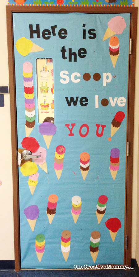 25 Teacher Appreciation Door Ideas from OneCreativeMommy.com {Here's the Scoop! We love you!}