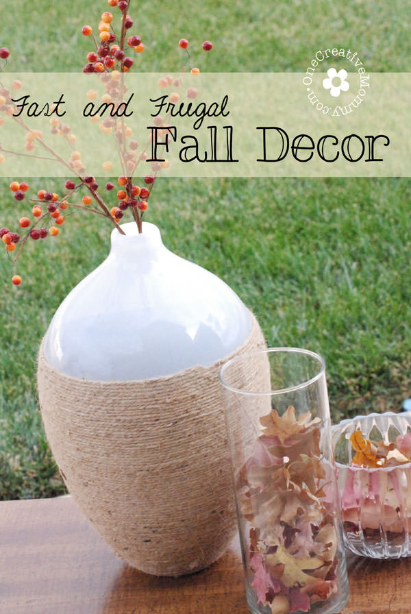 Fast and Frugal Fall Decor from OneCreativeMommy.com {The best part? It's free!} #falldecor #frugal #fallleaves