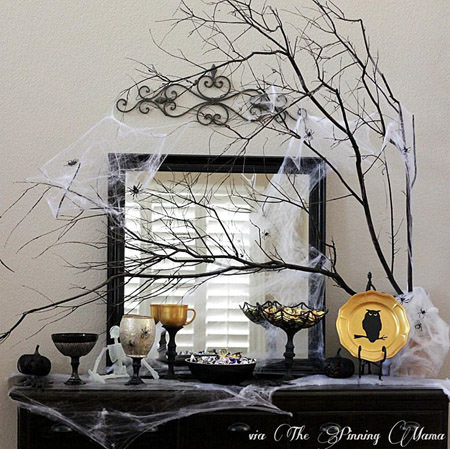 Creepy Candy Buffet from The Pinning Mama