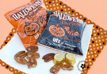 Rolo Pretzel Halloween Treats with Bats & Jacks {Great neighbor gift!}