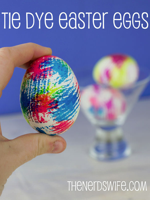 How to Make Tie Dye Easter Eggs from the Nerd's Wife {Unique Easter Decorating Ideas from OneCreativeMommy.com}