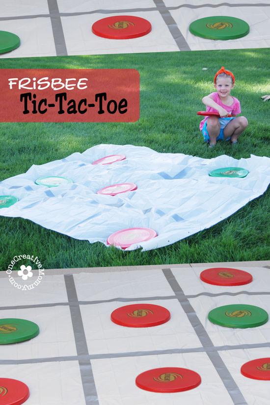 Bored kids? Shake up Summer with Frisbee Tic-Tac-Toe! {OneCreativeMommy.com} #summerfun #frisbee