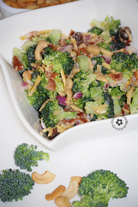 http://onecreativemommy.com/wp-content/uploads/2014/06/broccoli-salad-with-bacon-cashews-4.jpg