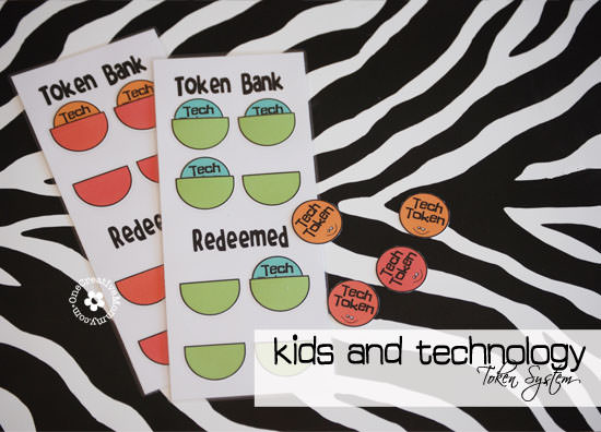Setting Technology Limits for Kids -- Kids spending too much time gaming this summer?  Help them choose other options by limiting their time with technology {Tips and Free Technology Token System Printables from OneCreativeMommy.com} #activeparenting