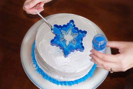 Easiest Ever Disney Frozen Birthday Cake! {OneCreativeMommy.com} Process Step 3 #frozenparty #birthdaycakes #frozen