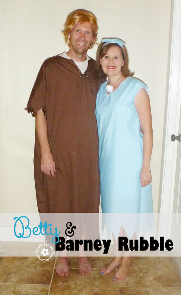DIY Betty and Barney Rubble Couples Halloween Costume {OneCreativeMommy.com} #coupleshalloweencostumes #halloweencostumes