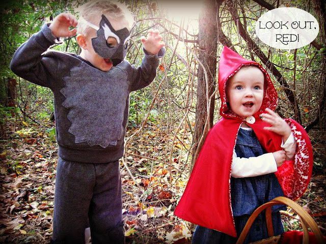 15 Awesome DIY Halloween Costumes for Couples and Families {OneCreativeMommy.com} Find these costumes on