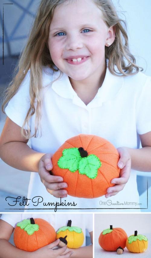 Felt Food Tutorial: Fall Pumpkins! {OneCreativeMommy.com}
