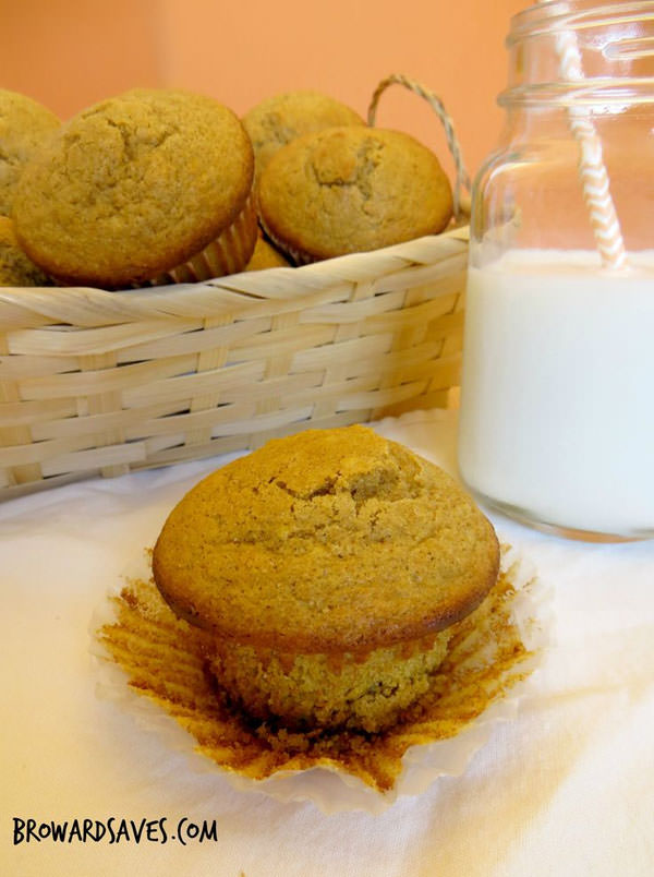 Spiced Gluten Free Muffins from Broward Saves {25 Thanksgiving Dessert Recipes from OneCreativeMommy.com}