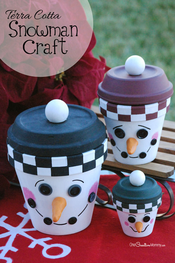 Snow or no snow, bring a little Winter cheer to your home this Christmas with an adorable DIY Snowman Family! {OneCreativeMommy.com} #ChristmasDecor #SnowmanCraft #terracotta