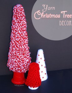 Easy Yarn Christmas Tree Decor {OneCreativeMommy.com} DIY Christmas Decorating Ideas
