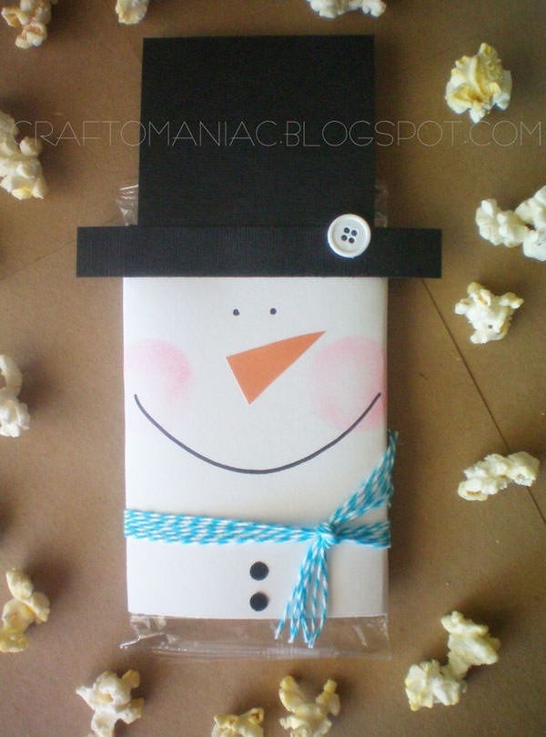 Snowman Crafts and Gift Ideas from OneCreativeMommy.com {Snowman Popcorn Covers Neighbor/Teacher Gift from Craft-O-Maniac}
