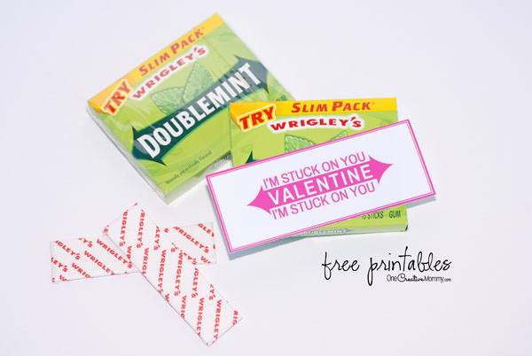 You know you want to make this quick and easy Pun Valentine! {Valentine, I'm Stuck on You! | Valentine, We're Stuck on You!} Just print, cut, and stick on your favorite brand of gum. That's it! {Free Printable Valentines from OneCreativeMommy.com}