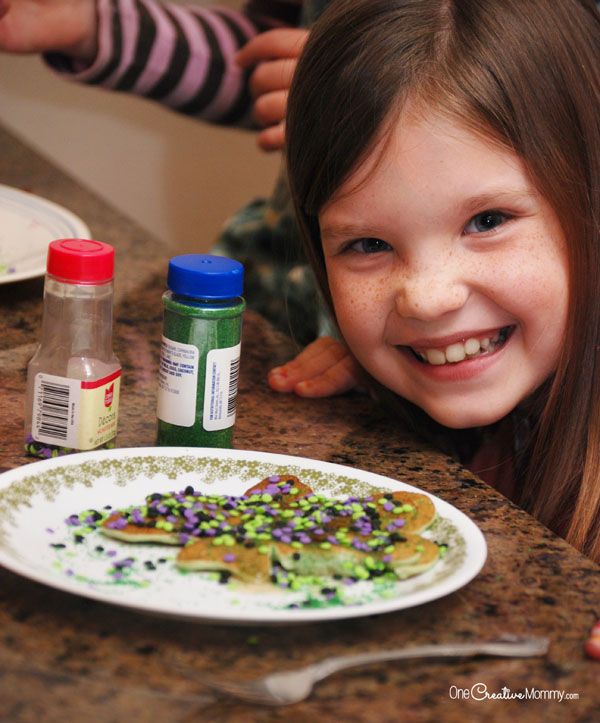 Relax after a busy day with #BreakfastNight! I'll show you how to create these fun Shamrock pancakes that your kids will love! {Get the tutorial from OneCreativeMommy.com} This would be perfect for St Patricks Day!!