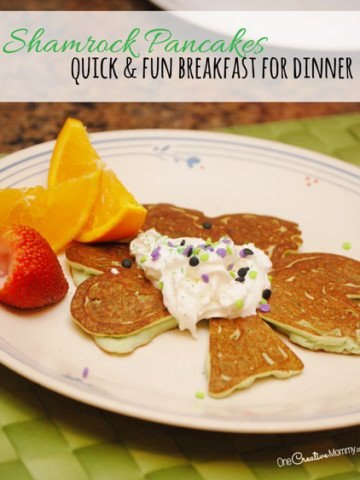 Relax after a busy day with breakfast for dinner! While you're at it, create some fun pancake art. I'll show you how to create these fun Shamrock pancakes that your kids will love! {Get the tutorial from OneCreativeMommy.com} I can't wait to try this with my kids! This would be perfect for St Patricks Day!!