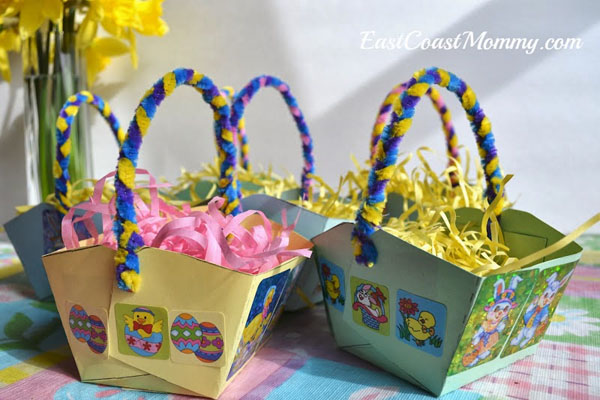 Cute Easter Kids Craft Roundup on OneCreativeMommy.com {Easy Kids Paper Easter Baskets and more}