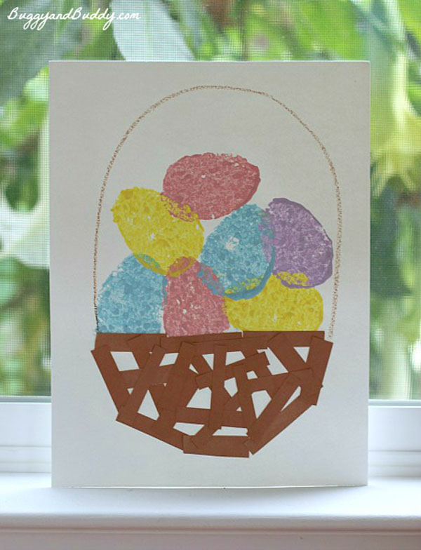 Cute Easter Kids Craft Roundup on OneCreativeMommy.com {Easter Egg Sponge Painting Idea and More}