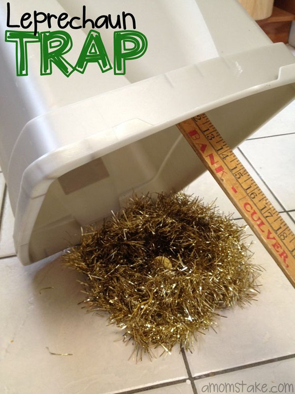 Sneaky Leprechaun Trap from Roundup of 19 Amazing St Patricks Day Crafts for Kids on OneCreativeMommy.com
