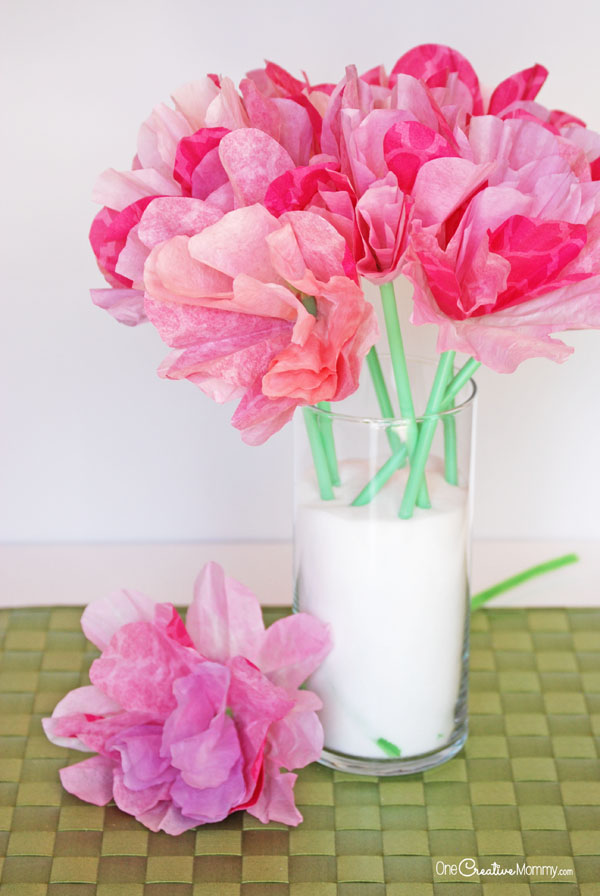 Gorgeous Coffee Filter Flowers Tutorial - onecreativemommy.com