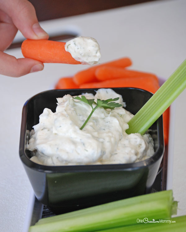 Delicious Dill Dip Recipe -- A perfect appetizer for picnics, family dinners and game night {OneCreativeMommy.com} Gluten free!