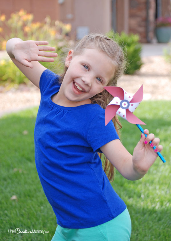 Check out these fun printable pinwheels for the Fourth of July! Mix and match the patterns so that each pinwheel is unique. {OneCreativeMommy.com}