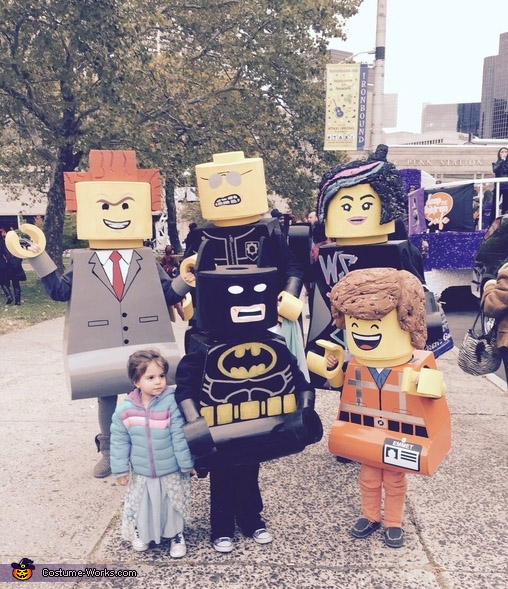Awesome Lego family costume idea! {Featured on OneCreativeMommy.com's Couple's and Family Halloween Costume Roundup}