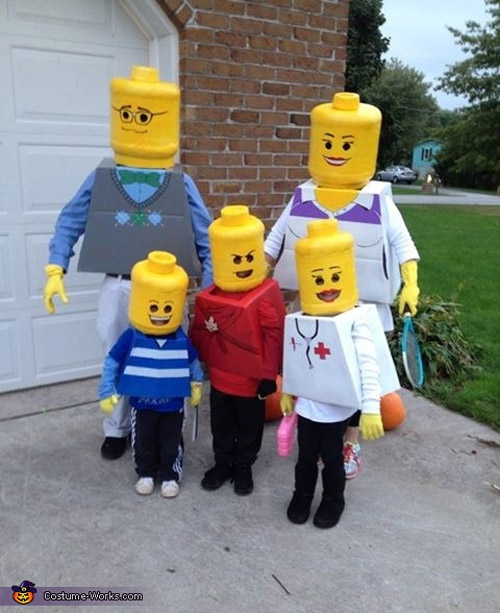 Awesome Lego Family Halloween Costume! {Featured on OneCreativeMommy.com's Couple's and Family Halloween Costume Roundup}