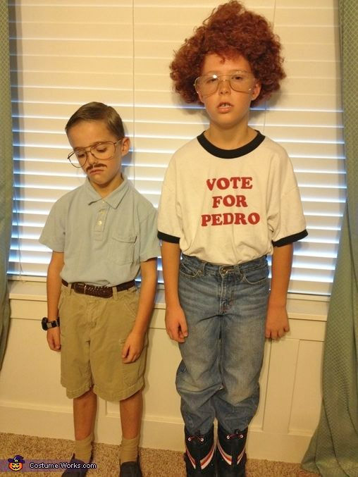 The expressions on these boy's faces are absolutely perfect! Napoleon Dynamite Costumes {Featured on OneCreativeMommy.com's Couple's and Family Halloween Costume Roundup}
