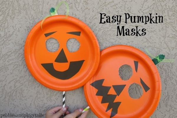 Easy Paper Plate Pumpkin Mask - onecreativemommy.com