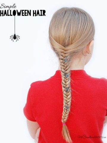 Give your hair a little Halloween fun with this simple idea {OneCreativeMommy.com} Easy Halloween Hair