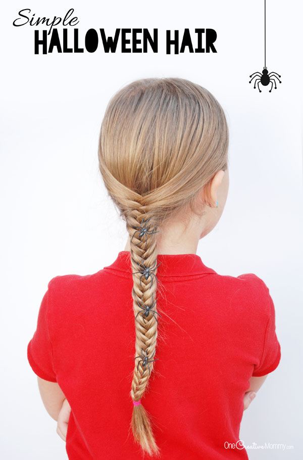Give your hair a little Halloween fun with this simple idea {OneCreativeMommy.com} Easy Halloween Hair