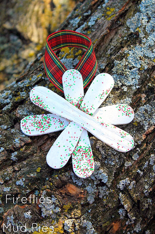 Adorable Glitter Snowflake Ornament Kids Craft | Featured with 29 Awesome Classroom Christmas Party Ideas {OneCreativeMommy.com}