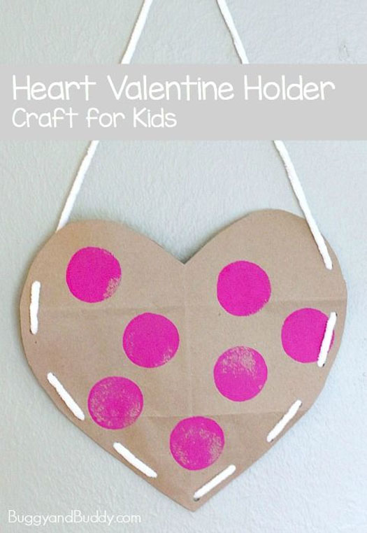 Simple Heart Valentine Holder | Featured with 25 Awesome Valentine Box Ideas to Rock the Class Party! {OneCreativeMommy.com}