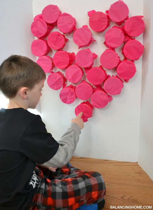 Bursting Heart Classroom Activity | Featured in 25+ Awesome Valentine Class Party Ideas Roundup {OneCreativeMommy.com}