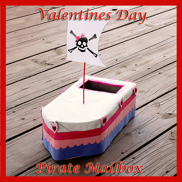 Pirate Ship Valentine Box | Featured with 25 Awesome Valentine Box Ideas to Rock the Class Party! {OneCreativeMommy.com}