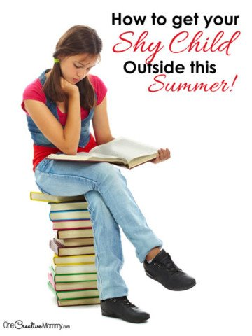Need help getting your introverted or shy child outside this summer? Check out these great tips! {OneCreativeMommy.com} Parenting Tips