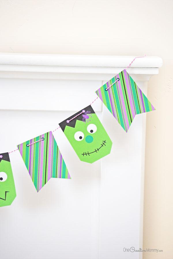 Frankenstein Halloween Bunting -- So much fun! {OneCreativeMommy.com} Halloween Pennants