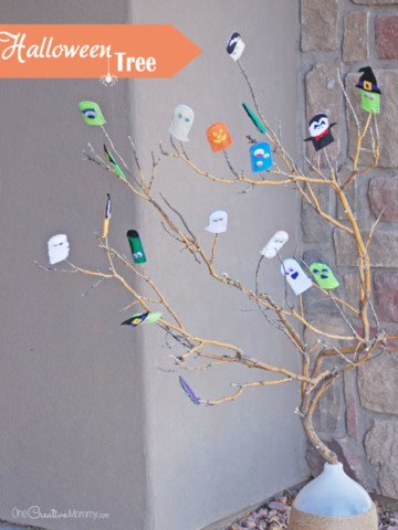 Need quick Halloween decor? Make this simple Halloween Tree! {OneCreativeMommy.com}