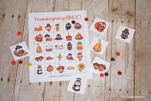 What a great way to keep the kids busy while they wait for Thanksgiving dinner! I love Bingo! {OneCreativeMommy.com} Free Printable Thanksgiving Bingo Boards